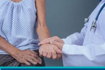 Adultos mayores con padecimientos neurológicos